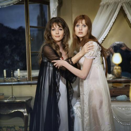 Ingrid Pitt and Madeline Smith