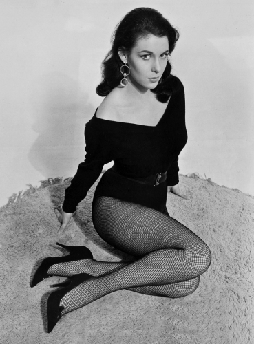 Marie Devereux in promotional photo from Brides of Dracula