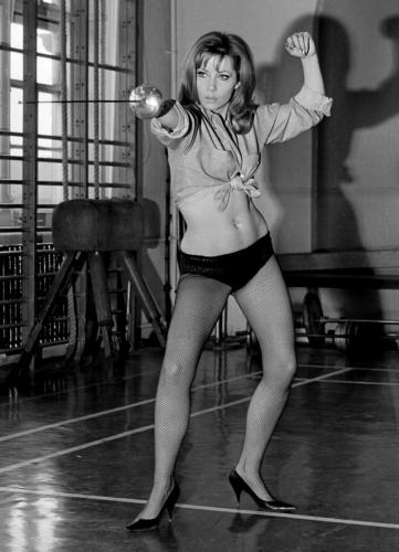 Ingrid Pitt fencing